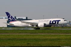 LOT - Polish Airlines / Polskie Linie Lotnicze SP-LRC Boeing 787-8 Dreamliner aircraft picture