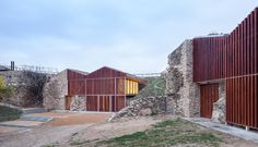 Falgueras Font . Archeological warehouse . Ciutadella de Roses (1)