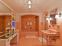 17 fascinating time capsule bathrooms - Retro Bathrooms