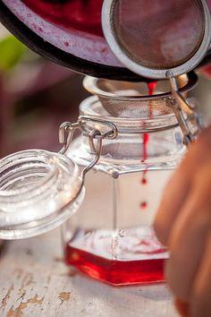 Recept na domácí lesk na rty z červené řepy