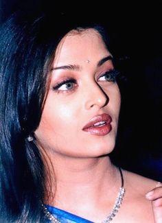 Aishwarya Rai Young, Aishwarya Rai Pictures, Aishwarya Rai Photo, Actress Aishwarya Rai, Aishwarya Rai Bachchan, Bollywood Actress, Amrita Rao, Indian Bridal Makeup, Indian Celebrities
