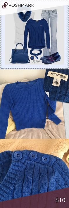 """Sapphire Blue Cable Sweater Condition - excellent preowned no flaws Color(s) - as seen in photos Style & Features - medium knit cable style sweater with 3 buttons on left upper shoulder with long sleeves and a scoop neck. Material - Cotton polyester spandex blend Care - Machine washable Measurements (laying flat) - bust 38"""", length 25"""". St. John's Bay Sweaters Crew & Scoop Necks"""