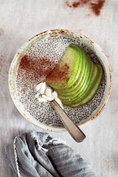 healthy apple-cinnamon chia seed pudding