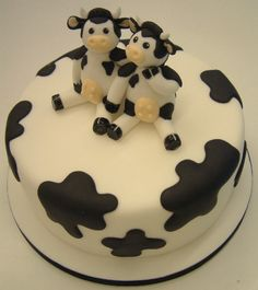 Cakes decorated with Cows
