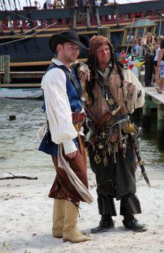 pirates-posing-on-peanut-island