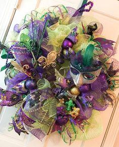 Mardi Gras Wreath, Deco Mesh Door Wreath, Mardi Gras Door Hanger, Door Decor, bulbs mask fleur de lis, ribbons, Purple, Green, Gold, feather