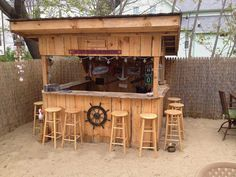 Ideas For Backyard Pool Bar Yards Pool Bar, Patio Bar, Outdoor Tiki Bar, Outdoor Kitchen Bars, Outdoor Kitchen Design, Outdoor Bars, Outdoor Kitchens, Outdoor Cabana, Outdoor Wooden Bar