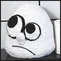Smelly (wouldn't this be cute with a clothespin on his nose?)toilet paper cover