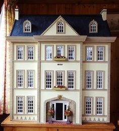 "Pic 1 of 2 ~ Large OOAK 1:12 Scale Len Lewis Dolls House ""Tattershall Manor"", on eBay"