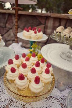 Beautiful Dinner Party Ideas www.piccolielfi.it