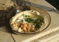 Home made hummus with dried chickpeas