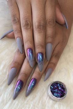 Semi-permanent varnish, false nails, patches: which manicure to choose? - My Nails Get Nails, Fancy Nails, How To Do Nails, Gorgeous Nails, Pretty Nails, Crome Nails, Nail Lacquer, Uñas Fashion, Nails 2018