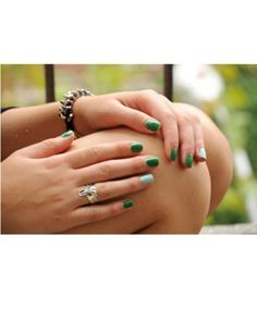 Color blocking done right: Essies mint candy apple and pretty edgy.