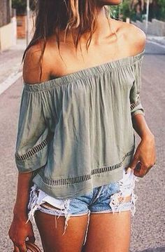 #summer #fashion / off-the-shoulder + short shorts