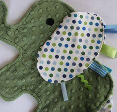 Elephant Tag blanket @Susan Caron Caron Caron Lankford