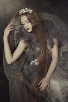 Choosing Your Fashion Photography School – Designer Fashion Tips Fantasy Photography, Portrait Photography, Fashion Photography, Fairy Tale Photography, Beauty Photography, Fairytale Fashion, Foto Art, Dark Beauty, Shades Of Grey