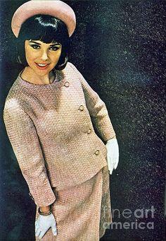 1960 70 Ladies Stylish Fashion Advertisement