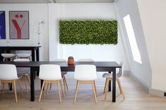 Panou Iedera conservata pentru decor office. Dining Table, Interior Design, Furniture, Home Decor, Nest Design, Decoration Home, Home Interior Design, Room Decor, Dinner Table