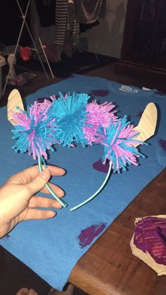 DIY Sully head piece for costume<br> Monsters Inc Halloween Costumes, Partner Halloween Costumes, Monster Inc Costumes, Sully Halloween Costume, Mike And Sully Costume, Monster Inc Birthday, Monster 1st Birthdays, Homemade Halloween, Halloween Crafts