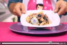 Videoricetta pasta con radicchio e gorgonzola Risotto, Pancakes, Oatmeal, Breakfast, Oven, Pies, The Oatmeal, Morning Coffee, Rolled Oats