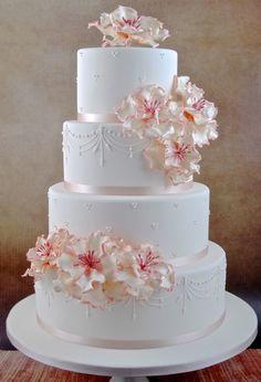 Extravagant Wedding Cakes, Big Wedding Cakes, Wedding Cake Rustic, Elegant Wedding Cakes, Wedding Cakes With Flowers, Beautiful Wedding Cakes, Wedding Cake Designs, Beautiful Cakes, Amazing Cakes