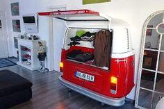 bus back wardrobe