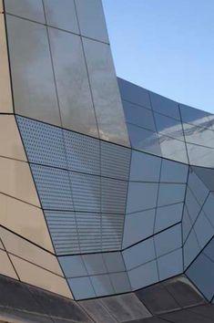 Les Turbulences – FRAC Centre in Orléans von Jakob + MacFarlane