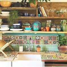 Mexican Style Decor, Mexican Style Homes, Mexican Style Kitchens, Mexican Kitchen Decor, Diy Kitchen Decor, Rustic Kitchen, Southwest Kitchen, Kitchen Ideas, Kitchen Design
