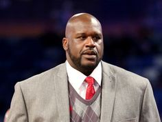 The White House says former NBA basketball player Shaquille O'Neal is heading to Cuba in June as the two nations look to sports to improve Jordan Basketball, Shaquille O'neal, Nba Players, Basketball Players, David Beckham, Michael Jordan, Cuba News, Wrestlemania 33, Rap Albums