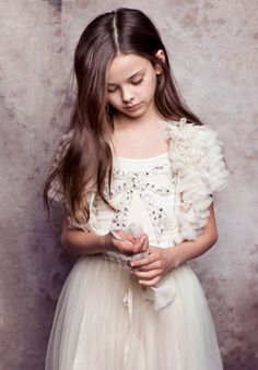 Ethereal ballerina-inspired dresses by Tutu Du Monde would be so lovely for flower girl dresses, wouldn't they? Flower Girls, Fashion Kids, Cute Bridesmaid Dresses, Annie Leibovitz, Bow Tops, Little Girl Dresses, Flower Dresses, Beautiful Children, Kind Mode