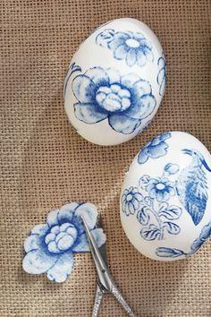 32 Easy Easter Egg Decorating Ideas - Creative Designs for Easter Eggs Deco Cactus, Diy Pour Enfants, Decoupage, Easter Egg Designs, Easter Ideas, Diy Ostern, Easter Egg Crafts, Egg Art, Egg Decorating