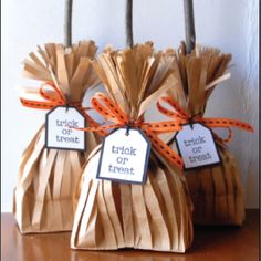 DIY Witch's Broom Treat Bags #halloween