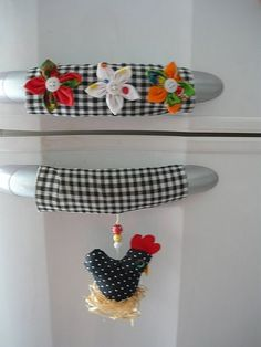 - sew - for the doors and drawers handlesExplore * Márcia Oliveira *'sArt and Craft Ideas Fabric Crafts, Sewing Crafts, Sewing Projects, Handmade Crafts, Diy And Crafts, Arts And Crafts, Fridge Handle Covers, Chicken Crafts, Creation Deco