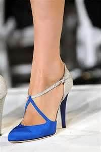 Beautiful Mesmerizing Blue Bridal Shoes Design in Pretty Chic