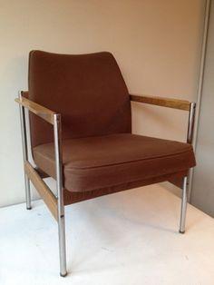 Retro rieten stoel 45 for Tweedehands meubels webshop