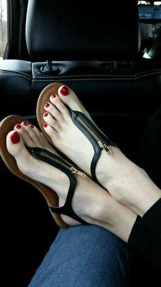 Cool zippered t-strap sandals on pretty feet. Sexy Sandals, Cute Sandals, Bare Foot Sandals, Strap Sandals, Sandals 2018, Beautiful Sandals, Gorgeous Feet, Feet Soles, Women's Feet