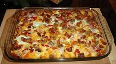 Johnsonville Easter Breakfast Casserole - This make-ahead recipe features Johnsonville Breakfast Sausage with English muffins, cheese, onion, pepper, eggs & bacon bits. Enjoy the next morning - the wo (Best Breakfast Casserole) Breakfast Sausage Links, Best Breakfast Casserole, Breakfast Dishes, Breakfast Recipes, Breakfast Ideas, Brunch Casserole, Bacon Breakfast, Brunch Dishes, Morning Breakfast