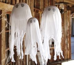 Hanging Ghosts Set from Pottery Barn Kids.Seriously.. they want $ 59 for these. They even say it is styrofoam and fabric! I see a $ 5 knockoff craft coming on.