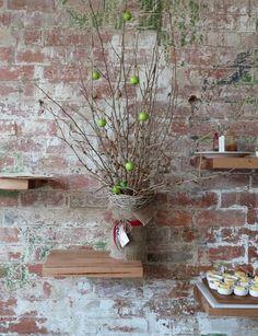 Restaurant Visit: Coin Laundry in Melbourne : Remodelista Industrial Style Kitchen, Industrial Lamps, Industrial Furniture, Vintage Industrial, Oak Bathroom, Bathrooms, Old Bricks, White Bricks, Restaurant Bathroom