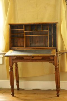Oak Plantation Desk From The Late 19 Century