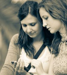 How to Talk With Your Kids About Sexting - MakeItBetter.net