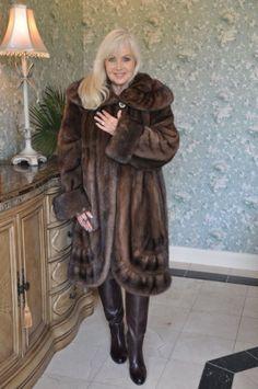 Georgette Natural Demi Buff Mink Swing Stroller