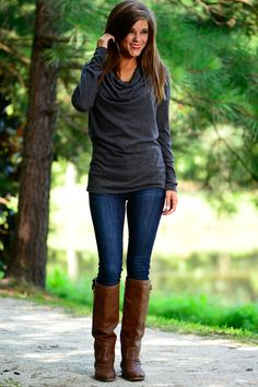 Great look for a fall outfit that you can purchase from Mint Julep Boutique || Friday Favorites at www.andersonandgrant.com