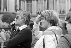 US director Blake Edwards and his wife Julie Andrews are pictured on the filming of the 'The Revenge of the Pink Panthers', on April 15, 1975 in Nice.
