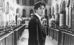 Still of Hugh Grant in Four Weddings and a Funeral (1994)