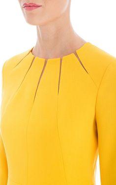 Dress Dliwa - Evening Dresses and Fashion Neckline Designs, Kurti Neck Designs, Dress Neck Designs, Blouse Designs, Paris Mode, Fashion Sewing, Sewing Clothes, Dress Sewing, Mode Inspiration
