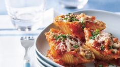 With simple ingredients – think ground beef, tomato sauce and cream cheese – you can turn out an impressive dinner that only takes 25 minutes of prep. In fact, this is the perfect dish for company. Make it ahead and let it bake while you visit.