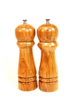 Your place to buy and sell all things handmade Salt And Pepper Mills, Salt And Pepper Grinders, Working Tables, Spice Grinder, Spice Things Up, Fathers Day Gifts, Small Businesses, Great Gifts, Spices