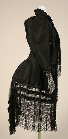Coat (image 2 - side) | Emile Pingat | undated | silk | Metropolitan Museum of Art | Accession Number: C.I.39.112.3
