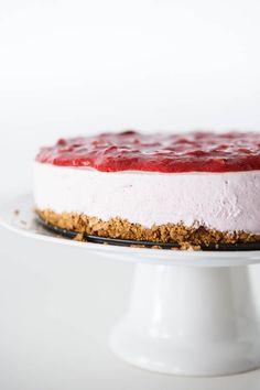 Frozen Yogurt Strawberry Lemonade Pie    EclecticRecipes.com